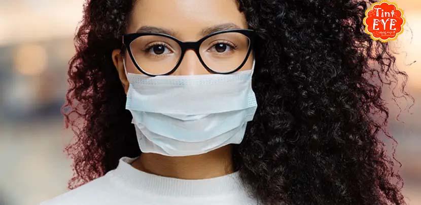 Đeo kính mắt có thể bảo vệ khỏi COVID-19 không?